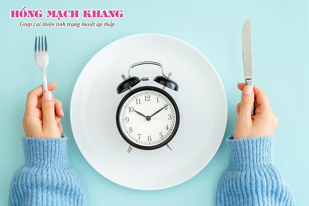 Nhịn đói qua đêm có thể gây chóng mặt vào buổi sáng